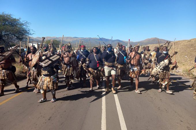 Cops Relent And Let Zuma Supporters Pass Roadblock