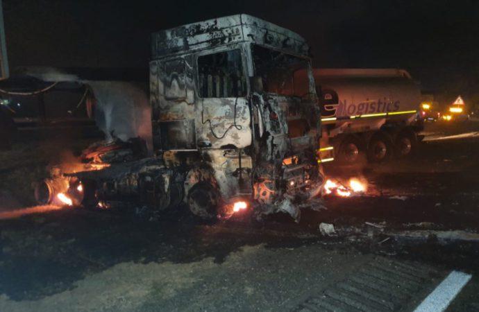 Free Zuma Protests: Burning, Looting All Night