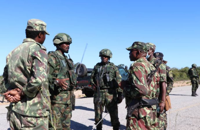 Moza And Rwanda Soldiers Run Rebels Out Of Town