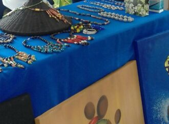 Jewelry Made Of Recycled Paper Uniting Women